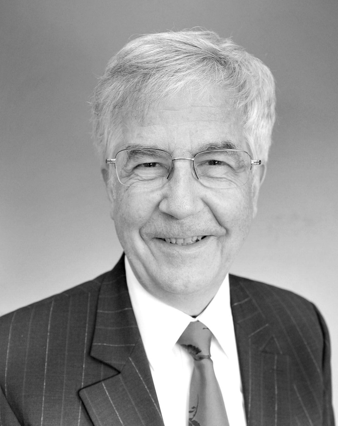 Professor em. Andreas Bucher