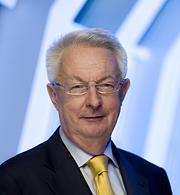 Dr. Christer Söderlund